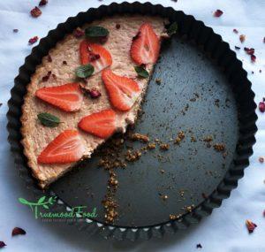 Nrgizepilates brainboostingstrawberryandbananacheesecake3-300x285 Brain Boosting Strawberry Banana Cheesecake